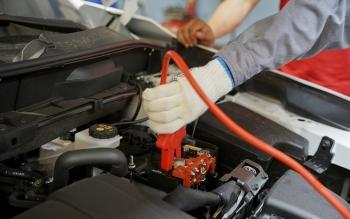 Các bước xử lý khi ắc quy trên xe ôtô bị hết điện