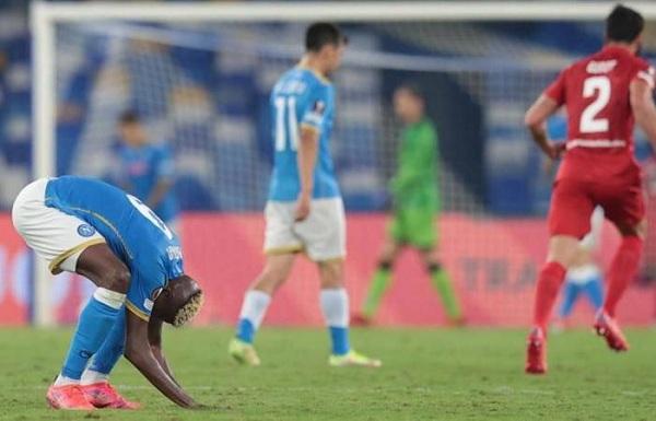 Napoli và Leicester thua sốc, Legia Warszawa tiếp tục gây bất ngờ