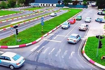 Gần 15.000 giấy phép lái xe quá hạn được gia hạn