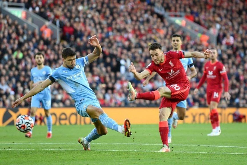 Liverpool 2-2 Man City: Rượt đuổi nghẹt thở