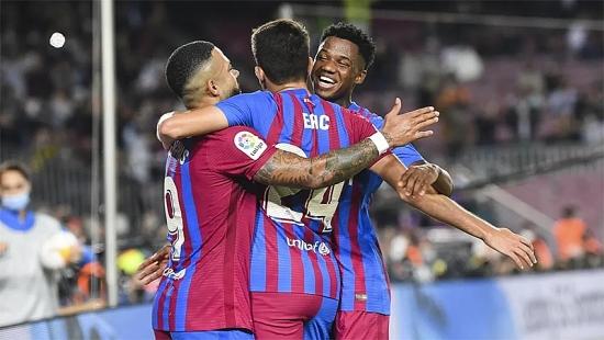Barcelona 3-1 Valencia: Ngược dòng ấn tượng