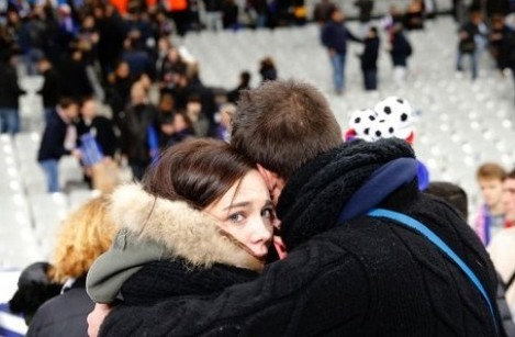 Du học sinh hoãn mọi kế hoạch sau khủng bố ở Paris