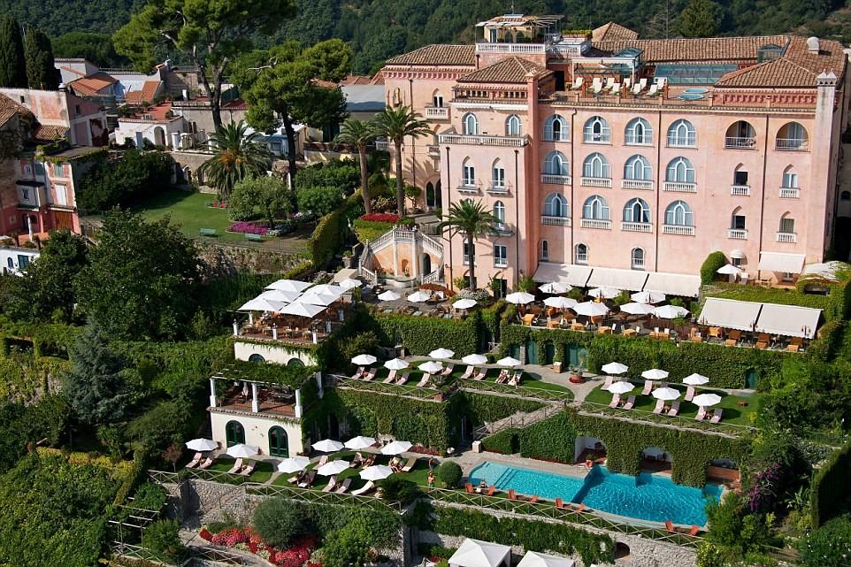 Bạn muốn có một khoảng thời gian tuyệt vời ở Italy? Hãy tới Palazzo Avino, khách sạn trăng mật tuyệt nhất châu Âu.