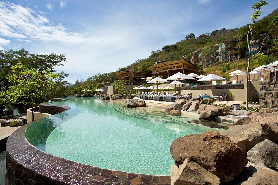 Khách sạn Andaz Peninsula Papagayo ở Costa Rica với khung cảnh lãng mạn được bình chọn là khách sạn trăng mật tuyệt nhất châu Mỹ.