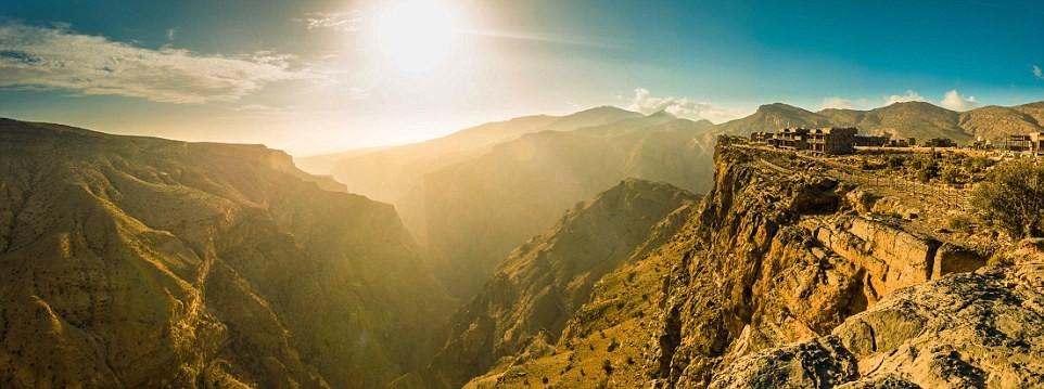 Alila Jabal Akhdar ở Oman là một khu nghỉ dưỡng sinh thái 5 sao với cảnh đẹp và chất lượng dịch vụ tuyệt hảo. Đó là lý do resort này đứng đầu bảng xếp hạng Trung Đông.