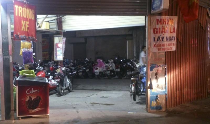 Xử lý điểm trông xe trái phép ở phường Thượng Đình