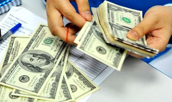 Giá USD tăng kịch trần, nguyên nhân có phải do thị trường thế giới?