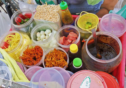 Điểm mặt quán ăn 'chảnh' nhưng vẫn đông kín khách ở Sài Gòn