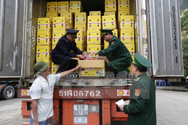 Đồng bộ, linh hoạt các giải pháp để đẩy lùi nạn buôn lậu dịp cuối năm