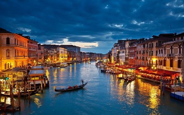 Venice - 'thánh địa tình yêu' đẹp như một bài thơ