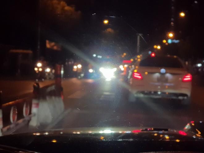 Độ đèn Led Bar cho xe ô tô: Quá nguy hiểm cho giao thông