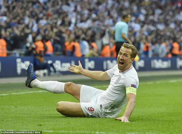 Anh 2 - 1 Croatia: 7 phút bùng nổ, ngược dòng ngoạn mục