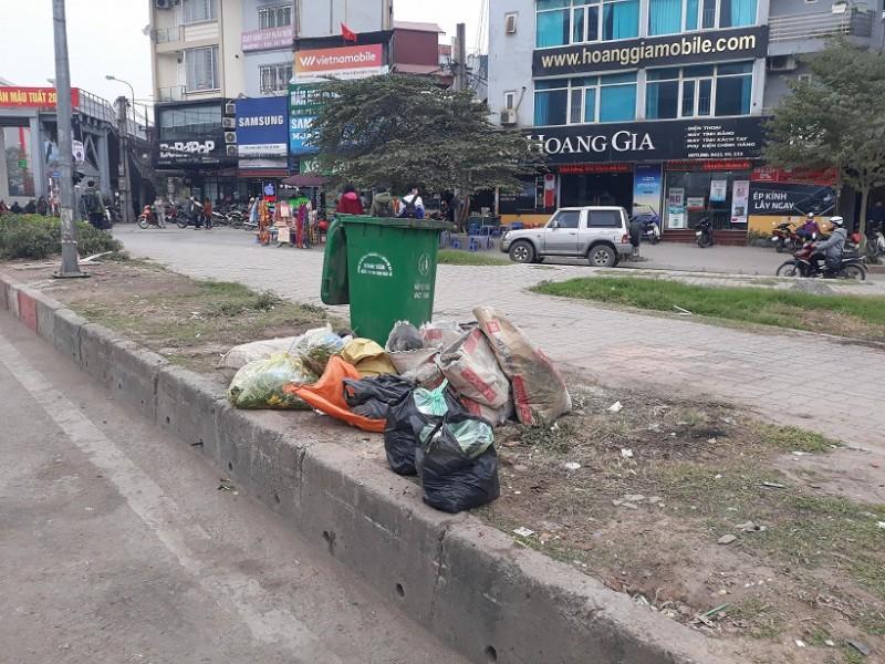Phân loại rác thải từ nguồn: Nhiều lợi ích sao vẫn khó nhân rộng?
