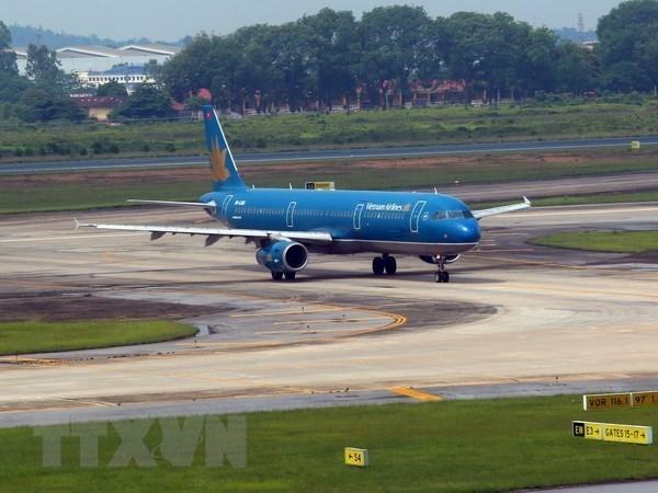 Hủy và lùi nhiều chuyến bay đến Nha Trang, Đà Lạt do bão số 9