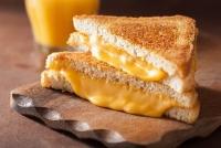 10 loại thực phẩm phụ huynh không nên cho trẻ sử dụng