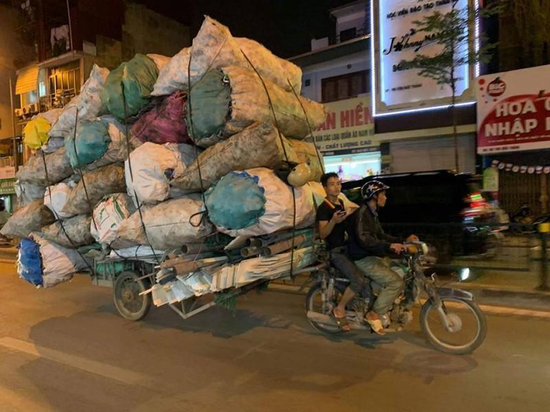"""Phương tiện tham gia giao thông """"quá đát"""": Cần sớm có giải pháp"""
