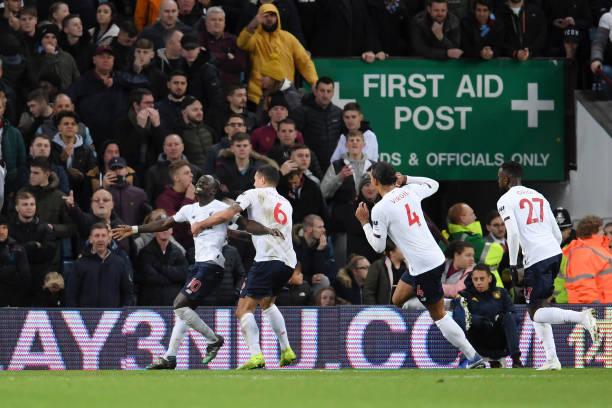 Aston Villa 1-2 Liverpool: Kịch bản quen thuộc