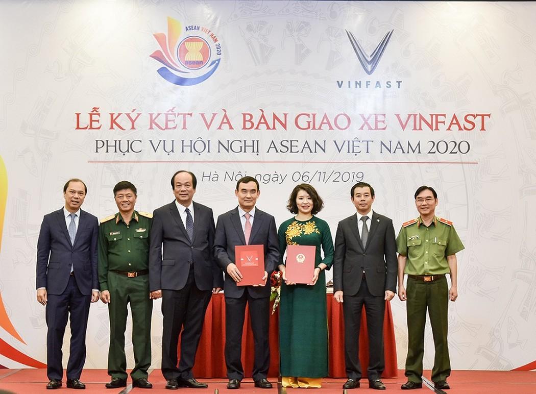 VinFast là phương tiện di chuyển chính thức của ASEAN 2020
