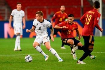 Tây Ban Nha - Đức: Chung kết bảng đấu