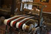 Xây dựng thương hiệu làng nghề dệt