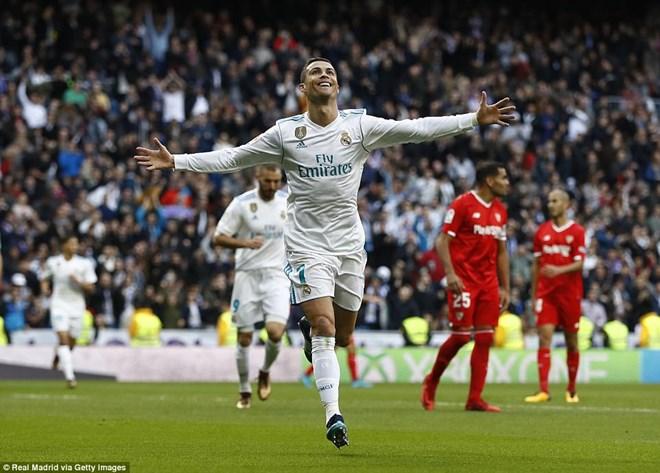 C.Ronaldo tỏa sáng trong ngày ra mắt quả bóng vàng