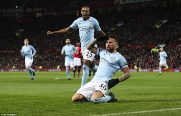 Man United 1-2 Man City: Man 'xanh' vô địch lượt đi