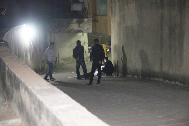 Hà Nội: Nam thanh niên nhảy từ tầng 29 xuống đất