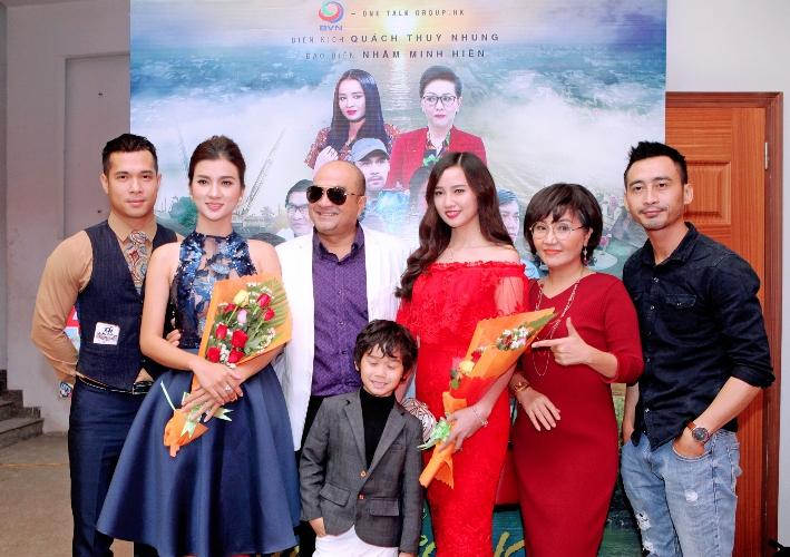 Dàn sao Việt hội tụ trong phim 'Những Khúc Sông Dậy Sóng'
