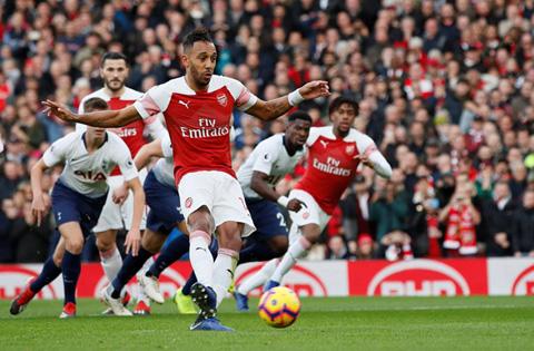 Arsenal 4-2 Tottenham: 'Mưa bàn thắng' ở Emirates