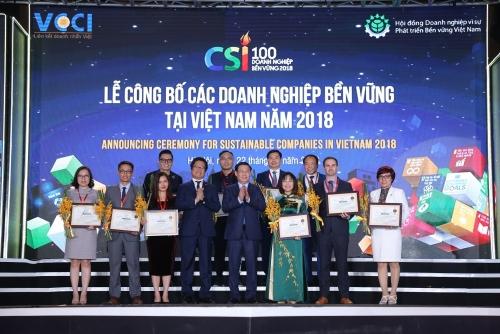 Vinamilk 3 năm liền đứng trong Top 10 doanh nghiệp phát triển bền vững tại Việt Nam