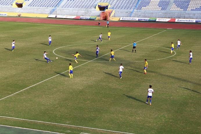 Nghệ An và Hà Nội tranh HCV môn bóng đá nam
