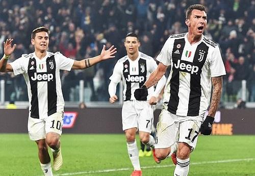 """Juventus 1 - 0 Inter Milan: C.Ronaldo im tiếng, """"lão bà"""" nhọc nhằn vượt ải"""