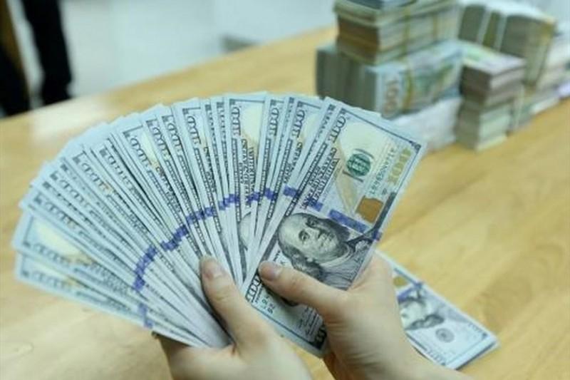 Tỷ giá ngoại tệ 27/12: USD chợ đen và ngân hàng giảm cực mạnh