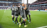 Aston Villa 1-4 Leicester: 'Bầy cáo' nối dài chuỗi trận thăng hoa