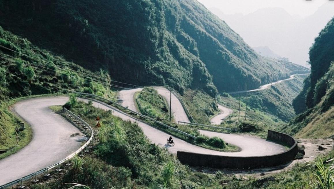 Kỹ năng sinh tồn dành cho tài xế đi trên đường đèo dốc