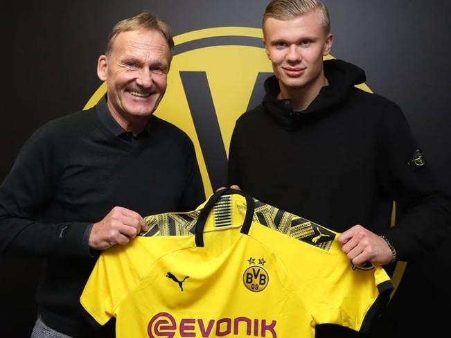 Haaland chính thức gia nhập Dortmund