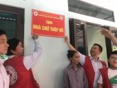 Thạch Thất: Bàn giao nhà Chữ thập đỏ cho hộ gia đình chính sách