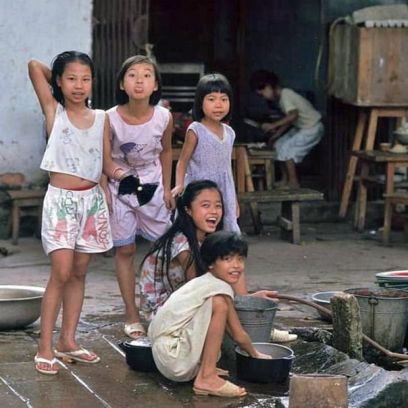 Máy nước công cộng: Ký ức không thể quên của người Hà Nội thời bao cấp