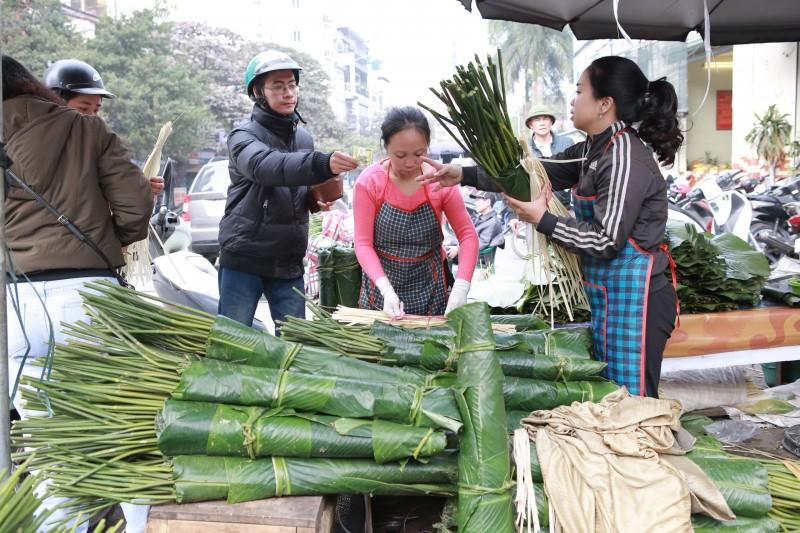 Chợ lá dong lâu đời nhất Hà Nội vắng khách ngày cận Tết