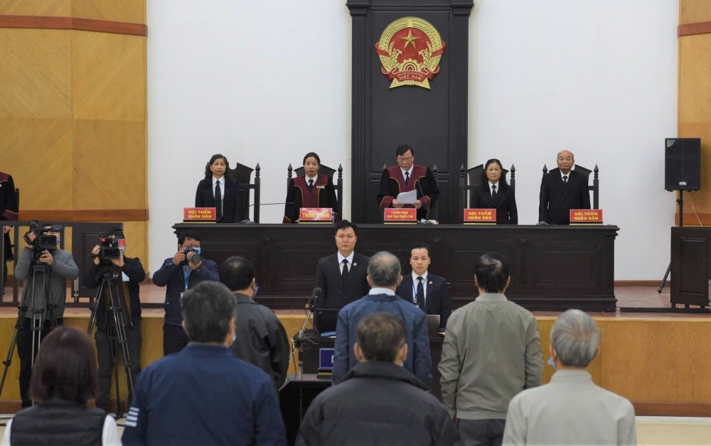 Hoãn xét xử nguyên Bộ trưởng Bộ Công Thương Vũ Huy Hoàng và đồng phạm