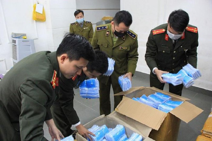 Xử lý hơn 2.600 nhà thuốc, cửa hàng kinh doanh trục lợi từ dịch Corona