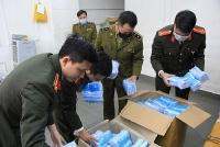 Thu gom hơn 100.000 khẩu trang y tế tuồn lên biên giới bán kiếm lời