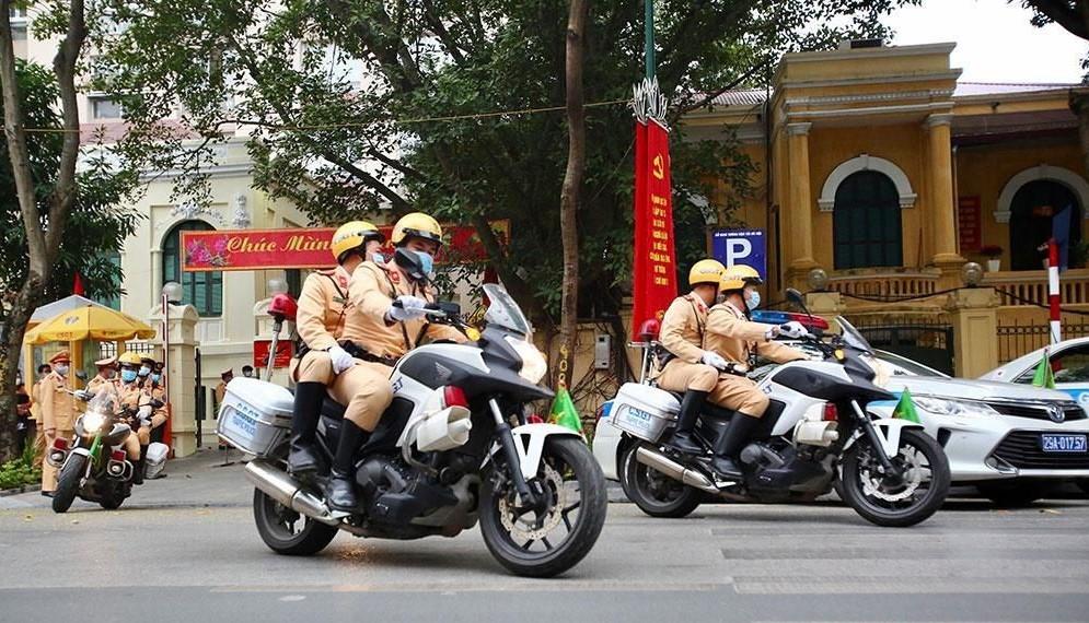 Đảm bảo an toàn giao thông, đón người dân trở lại Thủ đô làm việc