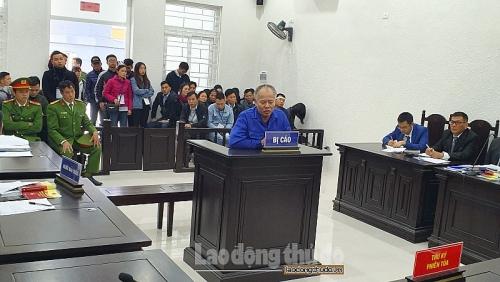 Tòa án tạm ngừng xét xử để tập trung phòng chống dịch Covid-19