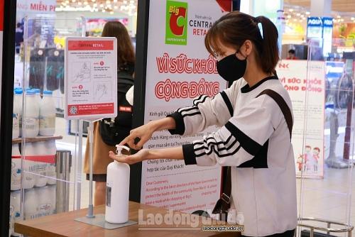 Hà Nội: Siêu thị từ chối phục vụ khách hàng không đeo khẩu trang