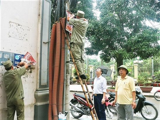 Phường Xuân Đỉnh ra quân tổng vệ sinh môi trường chào mừng ngày bầu cử