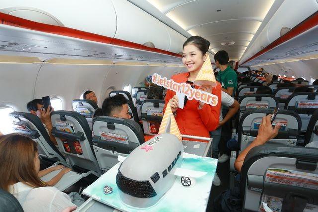 jetstar pacific tri an khach hanh bang man nhay an toan bay tren khong