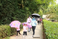 Đông đảo du khách về thăm quê Bác dịp nghỉ lễ