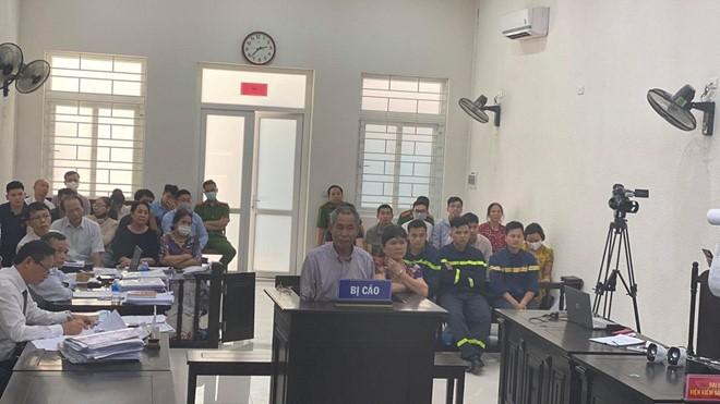 Vụ gây rối tại Trường Pascal: Giảm án cho 2 bị cáo chống người thi hành công vụ