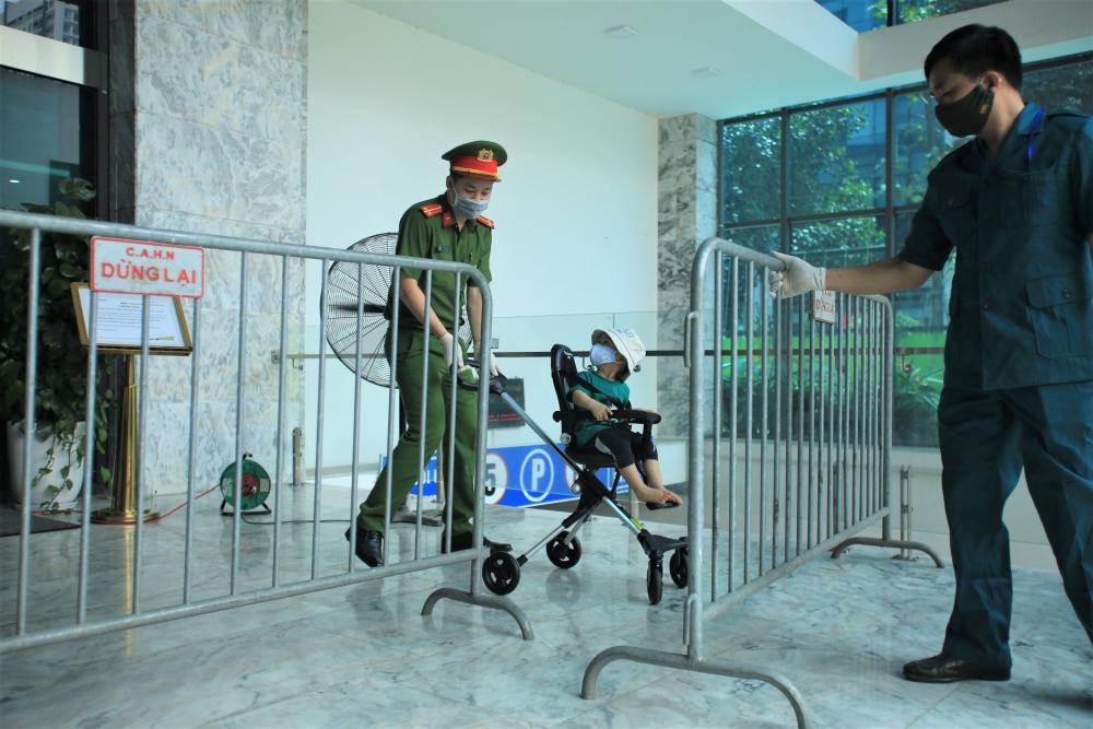 Phong tỏa tạm thời một tòa nhà ở quận Thanh Xuân do có ca nhiễm Covid-19